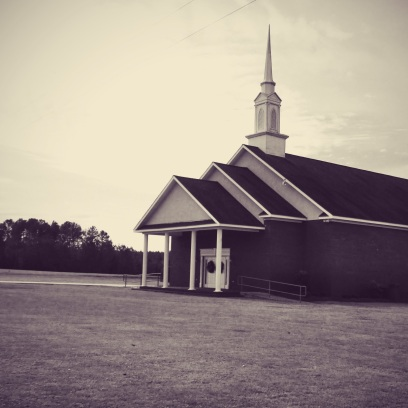 The architecture of these classic Baptist Churches caught my attention. All simple and traditional. There were several small white ones. Very different from the big megachurches, and cathedrals I've seen growing up.